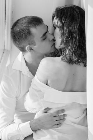 kiss-1858088_960_720
